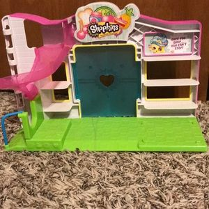 Other - Shopkins small mart